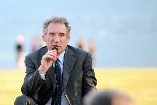 François Bayrou-Militants-Aix les Bains-33